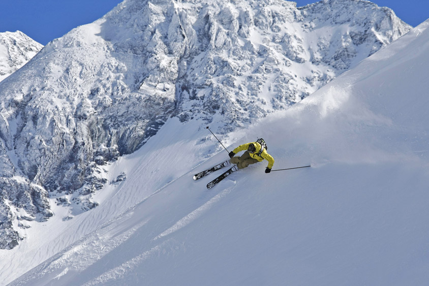 Farter ses skis soi-même, c'est possible ?
