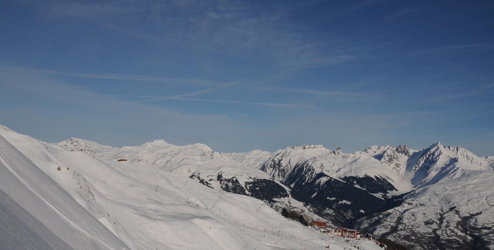 Quelles stations si on souhaite éviter les Alpes et les Pyrénées ?