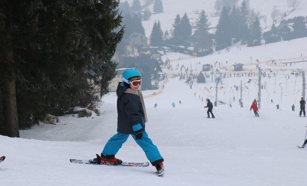 Occuper sa soirée en famille au ski